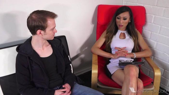 Venus-Lux.com - Venus Lux - Therapist And Her Client (Shemale) [HD, 720p]