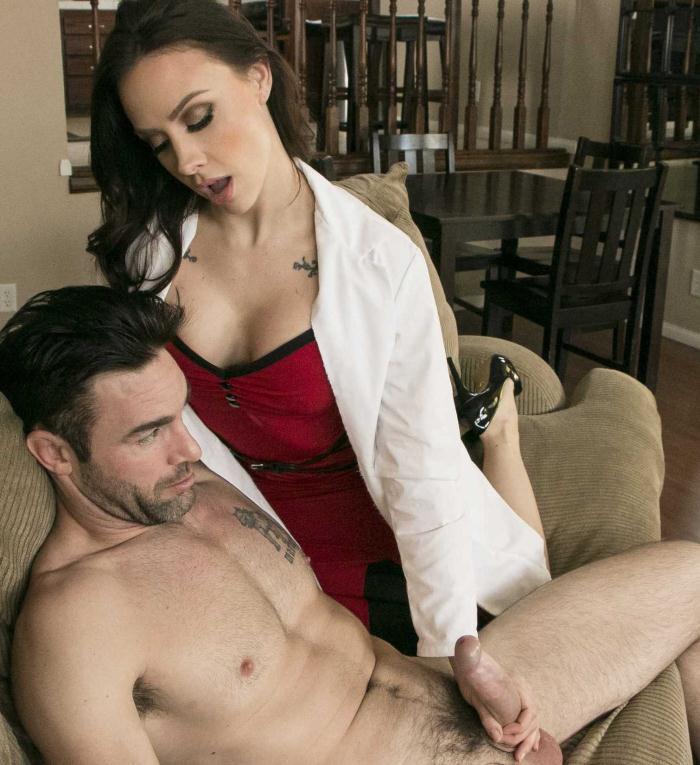 Doctor Porn: Chanel Preston  - Hard Call  [SD 480p 592 MiB]