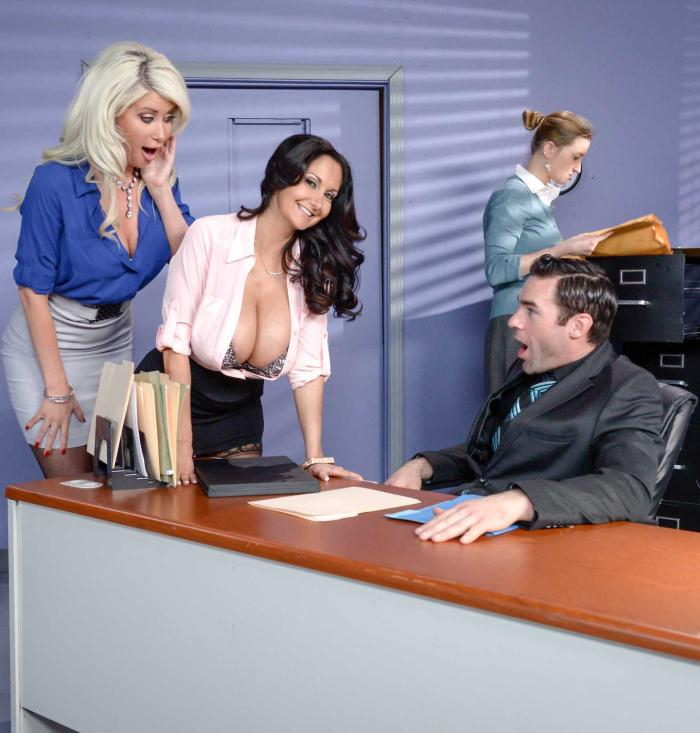Brazzers: Ava Addams, Riley Jenner  - The New Appli-cunt  [SD 480p]  (Threesome)