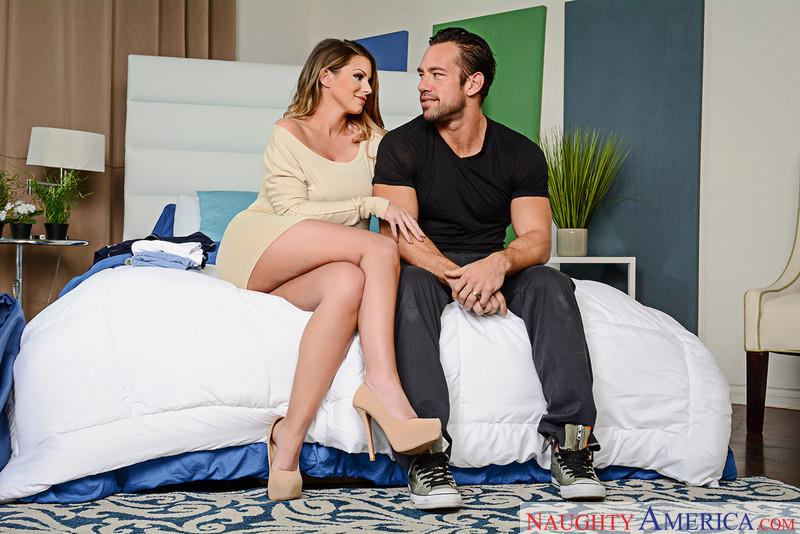 Pornostars: Brooklyn Chase - Hardcore [SD] (227 MB)