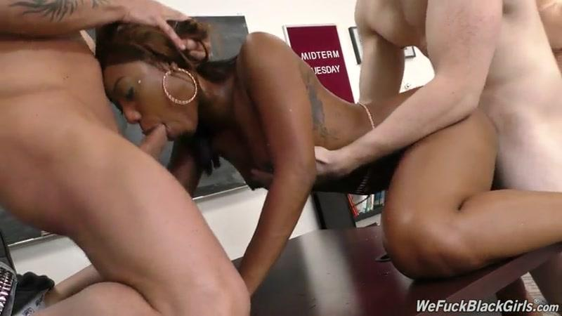 Gangbang with Black Girl Chanell Heart (Ebony / Group Sex / 25.04.2016) [SD]