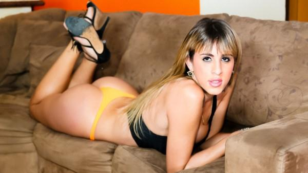 Bianca Vitoria 720p