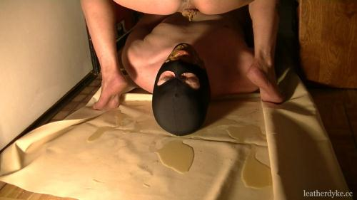 Scat [Diarrhea in mouth and on cock - 20.04.2016 - Femdom] FullHD, 1080p