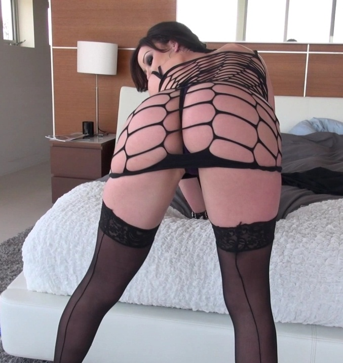 EvilAngel: Jennifer White - Roccos Intimate Initiations 2, Scene 9  [FullHD 1080p]  (MILF)