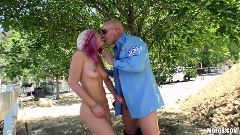 Mofos - Aidra Fox (Sex with Cop / Teen / 25.05.16) [SD]
