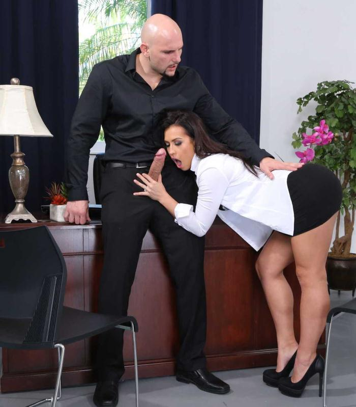 Office Porn - Kelsi Monroe - Big Ass Porn  [HD 720p]