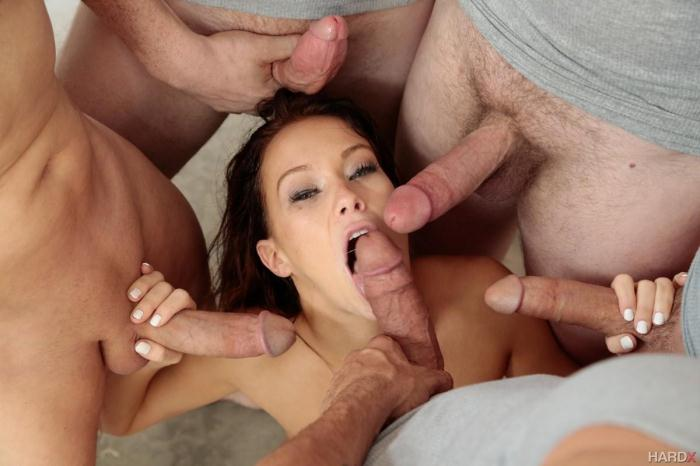 Megan Rain - 10 Guy Blowbang (/SD/400p/2016)
