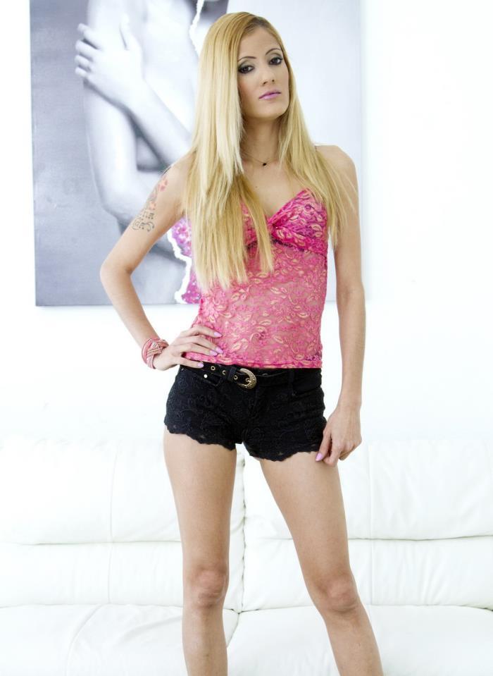 LegalPorno.com - Gabriela Flores - Latina Slut Gabriela Flores Only Anal Fucking 0 Percent Pussy SZ1316  [SD 480p]