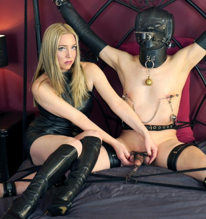 English Mansion - Mistress Sidonia - Bondage Toy Drink Stand  [HD 720p]