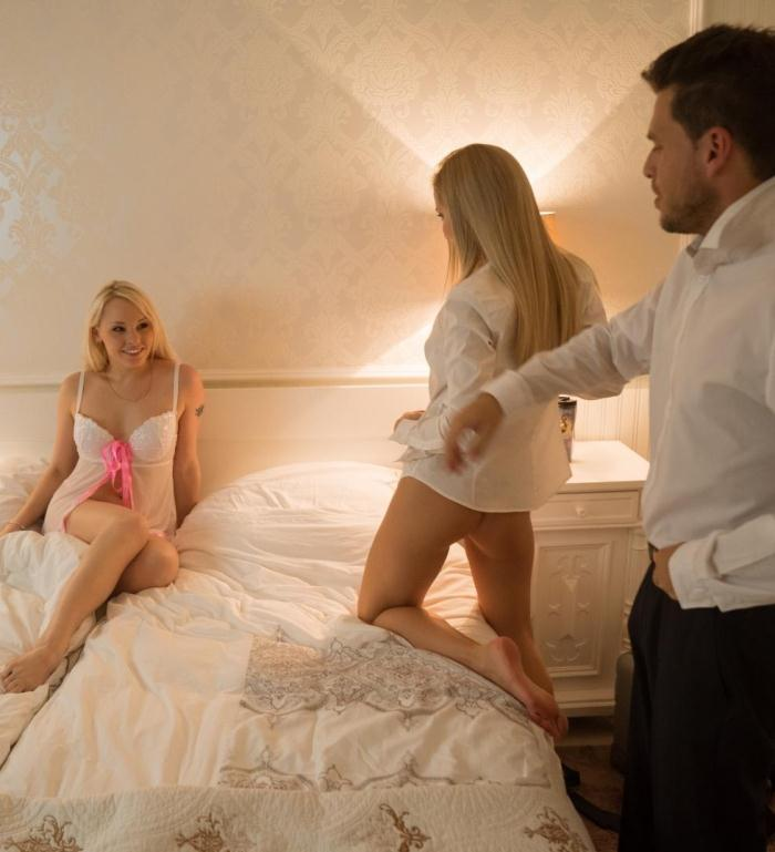PornDoePremium - Sicilia, Lola Taylor [European blonde babes Sicilia and Lola Taylor in hot threesome] (SD 480p)