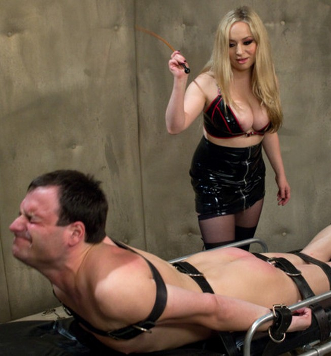 DivineBitches, Kink: Aiden Starr,�Marcelo - Prostate Milk Fisting With Multiple Orgasms!  [SD 540p]  (BDSM)