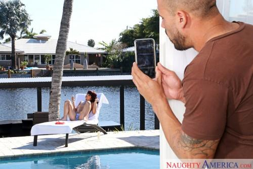 Gina Valentina (Teen Brunette / 25.05.16) [SD/360p/MP4/190 MB]