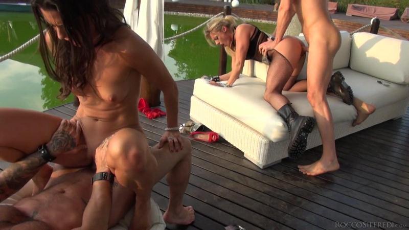 R0cc0S1ffr3d1.com: Brittany Bardot, Lauren Minardi - Group sex [SD] (255 MB)