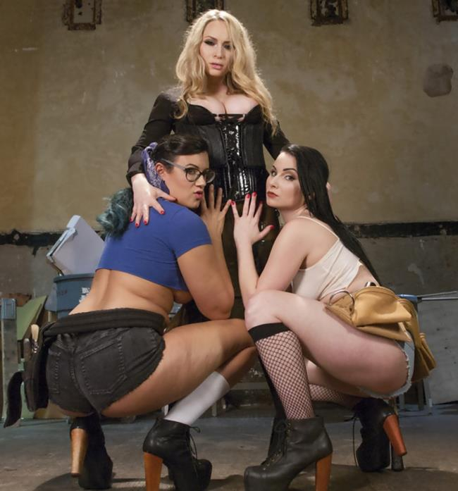 EveryThingButt, Kink - Penny Barber, Aiden Starr, Veruca James [From Carpenters to Lesbians, Aiden Starr makes a lot of things] (SD 540p)