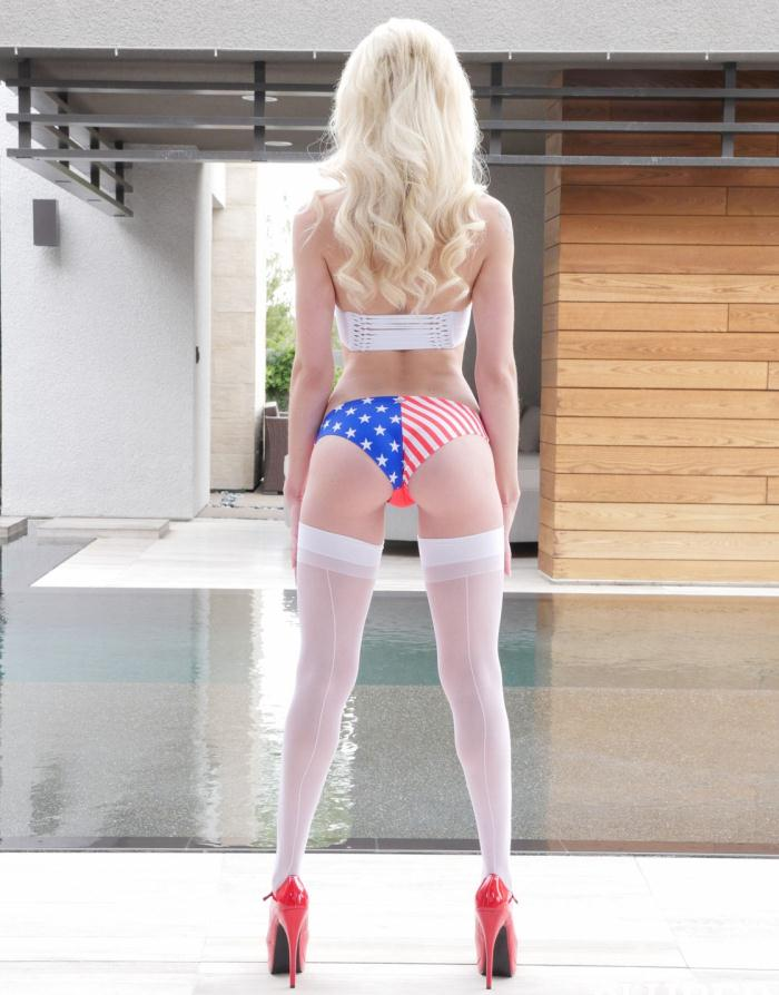 Lubed: Elsa Jean - Memorial Day Lube Fest  [HD 720p]  (Public)