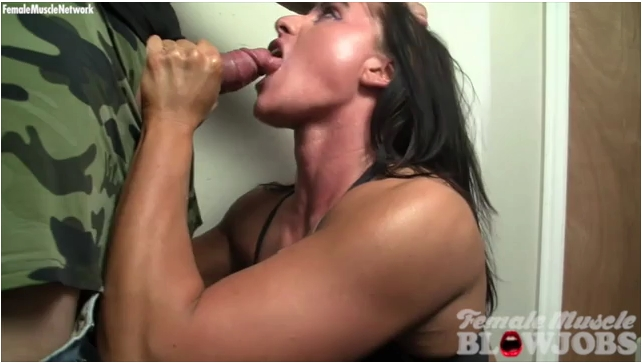 FemaleMuscleBlowjobs - Bella Monet [She Cant Get Enough  And She Wants More] (SD 360)