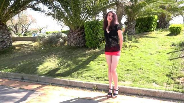 Lola, 19ans, de Narbonne, etudiante en droit ! [SD, 480p]