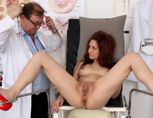 Calista - 22 years girls gyno exam (2016/HD)