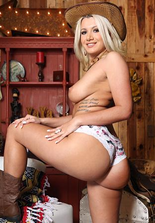 Layla Price - Rough Rider 360p