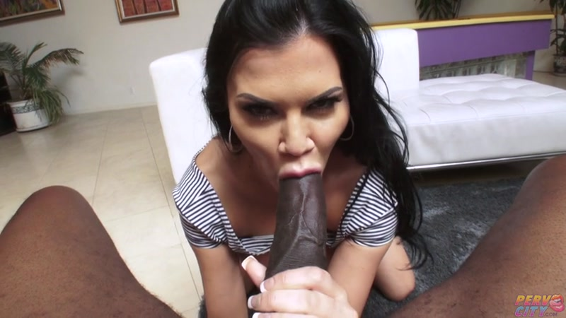 Anal with Titted Jasmine Jae (12.05.2016) [SD]