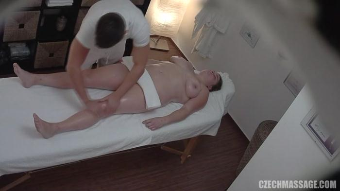 Czech Massage 245 (Amateur Porn / 16.05.2016) [SD/540p/MP4/76.0 MB]