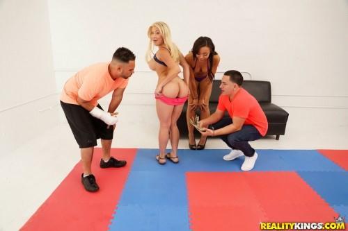 Adrian Maya, Cristi Ann, Amy Parks (Oil wrestling / 17.05.16) [SD]