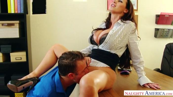 Nikki Benz - Titty Fucking 360p