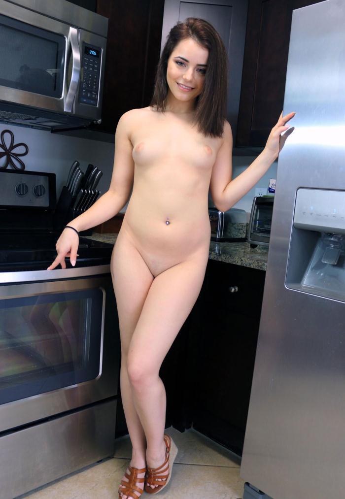 PropertySex - Kylie Quinn [Fuck My Boyfriend] (SD 480p)