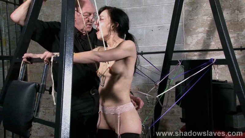 ShadowSlaves.com: Slavegirl Elise Graves - Ribbons [FullHD] (734 MB)