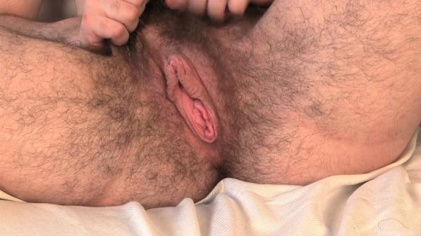 Kisa Fae - Hairy Exhibitionist (FullHD, 1080p)