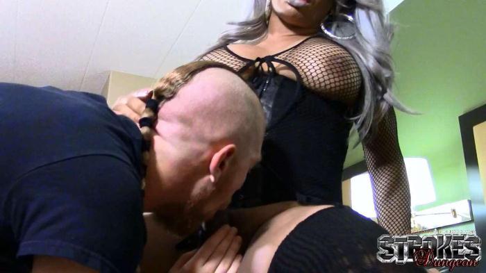 Sasha Strokes - Strokes Meets Wilhelm Flames (Shemale) [HD, 720p]