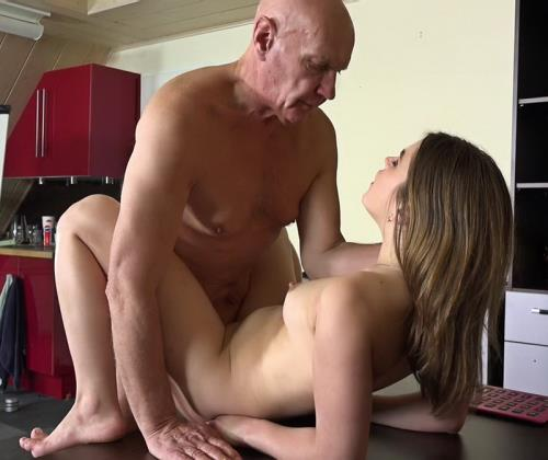 Mr. Teacher, Give Me Sex! - Evelina Darling (SiteRip/Oldje/FullHD1080p)