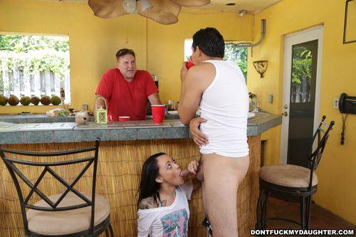 Holly Hendrix - Has Some Fun With Her Dad's Friend [SD] (290 MB)