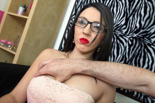 Mature.nl/love-moms.com [Pamela Sanchez (30) - Spanish horny mom fucks in POV style] SD, 406p