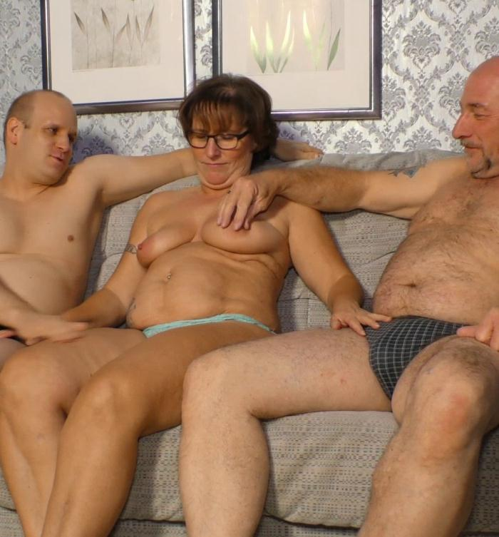 PornDoePremium: Claudia T. - Chubby Mature and Husband In Threesome Cuckold Fucking  [SD 480p]  (MILF)