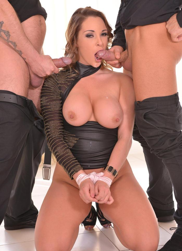 DDFNetwork: Victoria Summers - No Way Out! - A Blindfolded, Deep Throated and Fucked Submissive  [HD 720p]  (Double Penetration)