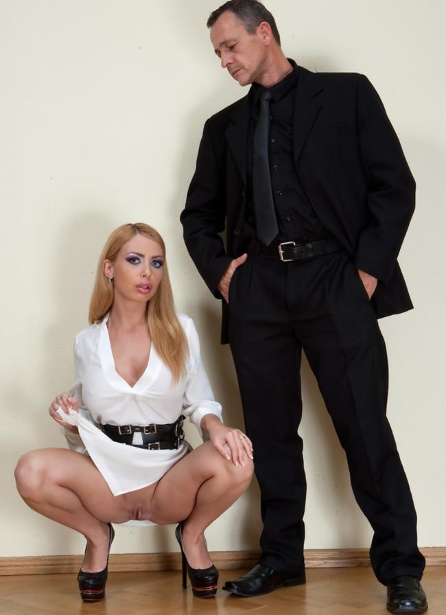 PublicDisgrace, Kink: Isabella Clark - Busty Blonde Isabella Clark Public Double Penetration - Part 2  [SD 540p]  (BDSM)