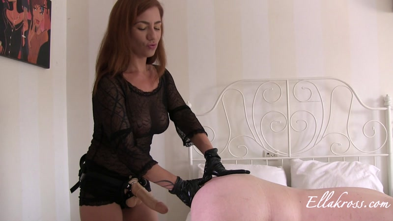Ramming a Slave's Ass with My Massive Strap-On Cock! (30.04.2016) [FullHD]
