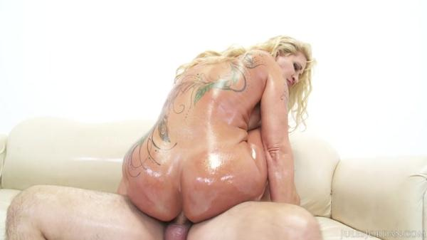 Ryan Conner - Ryan Conner's Seasoned Ass Hole Gets A Creampie [SD 558p]