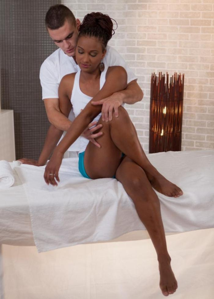 PornDoePremium: Carol Marf - Czech Interracial spa porn with ebony babe Carol Marf  [FullHD 1080p]  (Massage)