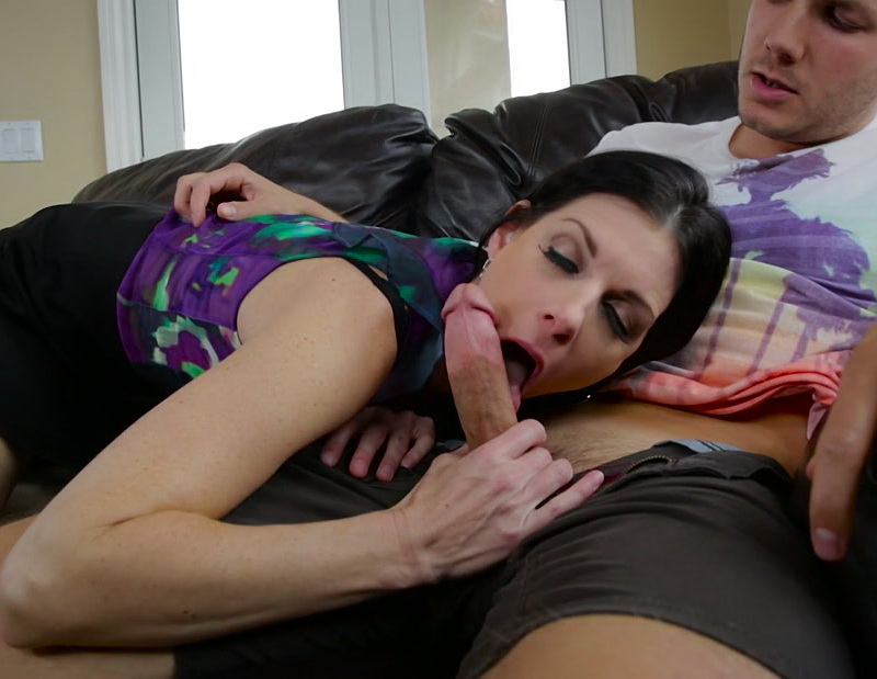 India Summer - Im Going to Help You Out [MommyBlowsBest/2016/FullHD]