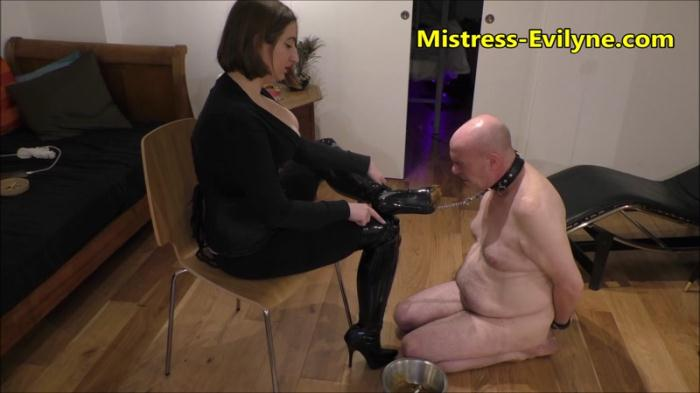 Absolute Filth - Femdom (SCAT / 18 June 2016) [FullHD/1080p/MP4/1.55 GB]