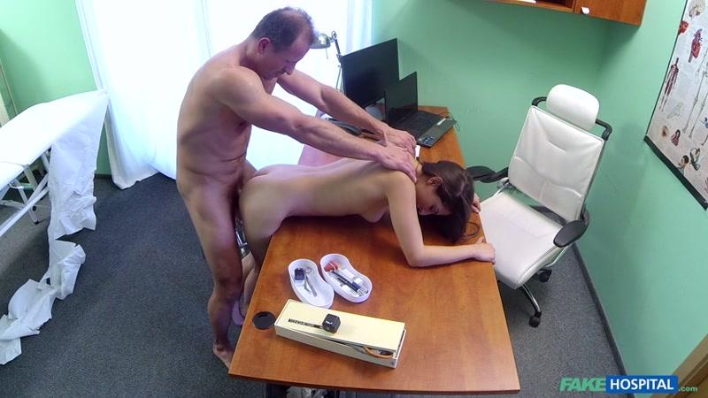F4k3Hub.com: Spanish Patient Gets Creampied [SD] (436 MB)
