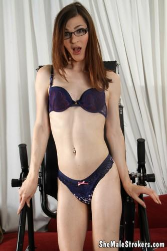 Stefani Special - Vulnerable Trans Girl Needs You To Rock Her World! (Jun 17, 2016) [SheMaleStrokers / FullHD]
