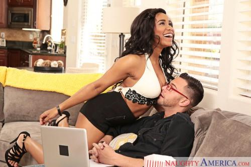 Jenna J. Foxx (Big Tits / 03.06.16) [SD/360p/MP4/189 MB]