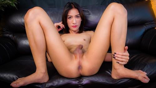 Party Jacks Her Hard Cock! [HD, 720p] [L4dyb0y.xxx] - Shemale