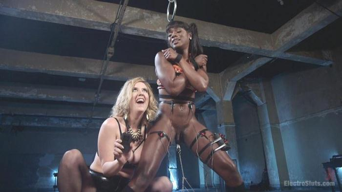 3l3ctr0Sluts.com - Cherry Torn And Ana Foxxx - Lesbians loves Electric (BDSM) [HD, 720p]