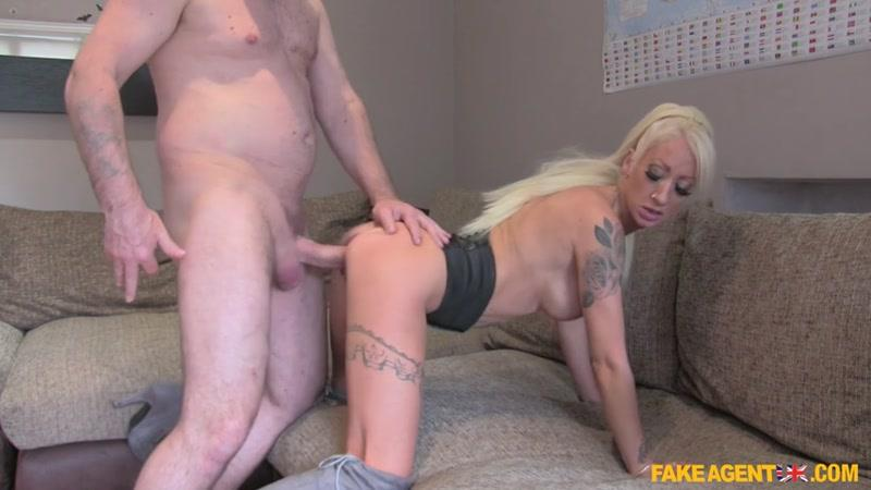 Jade Wilson (Skinny Petite Escort Takes Fat Cock / 29.06.16) [FakeAgentUK / SD]