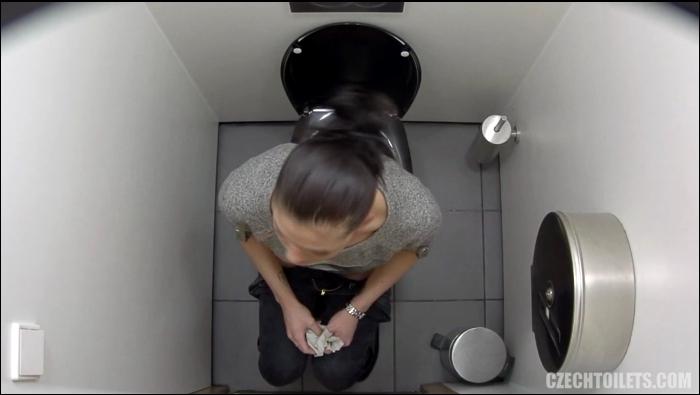 Czechtoilets, Czechav: Amateur - Czech Toilets - 131  [FullHD 1080]  (Pissing)