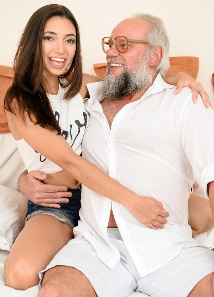 21sextreme: Frida Sante, Albert - Riding Grandpa  [HD 720p]  (Latina)